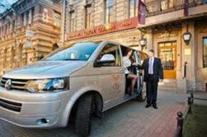 Аренда авто с водителем в Сочи. Первая трансферная служба.